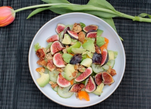 fig falafel advocado salad