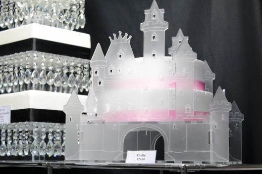 Wedding cake holder