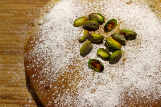 pistachio and olive oil cake
