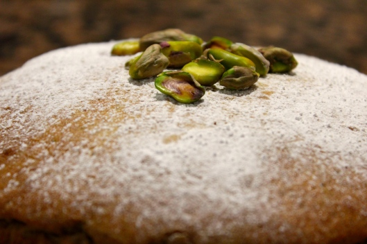 pistachio & olive oil cake