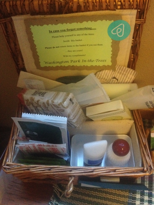 toiletries box